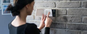 Monitronics Alarm Review (Moni Security/Brinks Home)