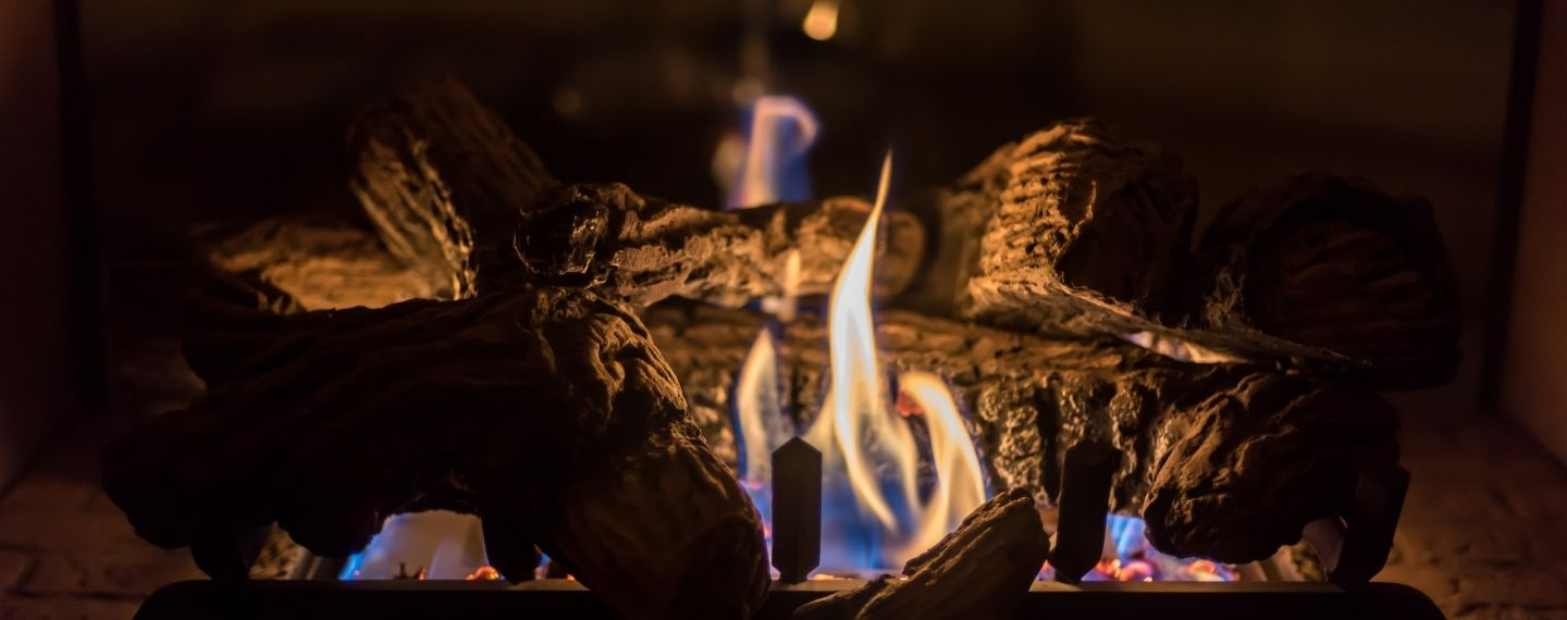 Ways to Upgrade Your Gas Fireplace with Voice, Remote and Smart Controls!